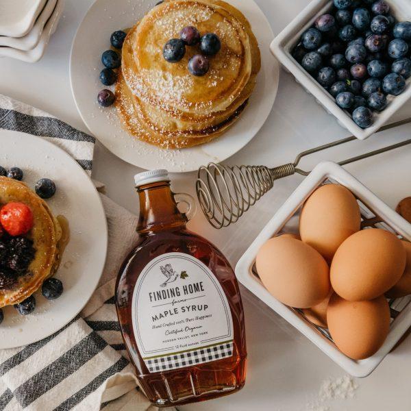 pancakesand12ozmaplesyrup-6025-lifestyle_1